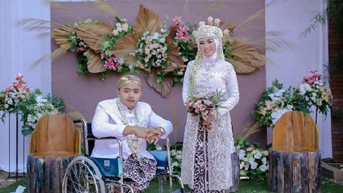 Viral Kisah Gadis 20 Tahun Menikahi Pria Penyandang Disabilitas, Jatuh Cinta Karena Rajin Ibadah