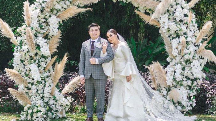 Pernikahan kakak Amanda Manopo, Angelica Manopo