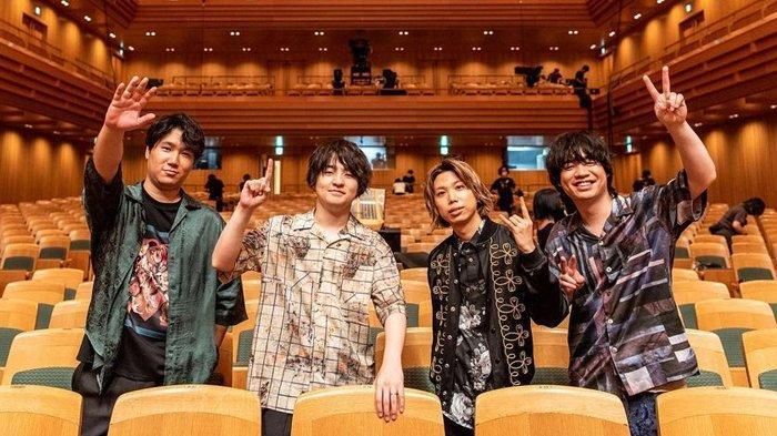 Personil HIGE DANdism, band rock asal Jepang.