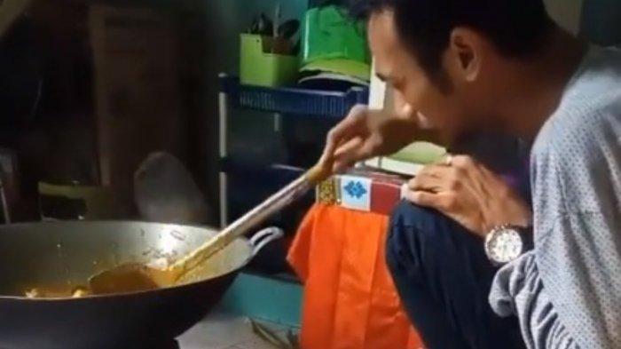 Viral pria menangis pesanan 60 nasi kotak dibatalkan.