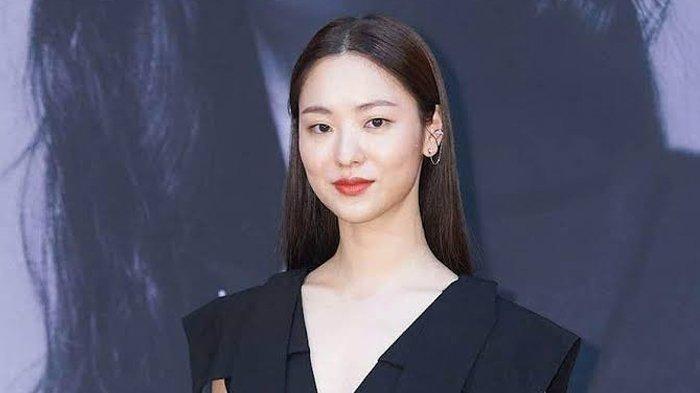 Pesona Jeon Yeo Bin, Potret Aktris Cantik yang Cium Song Joong Ki di Drama Vincenzo
