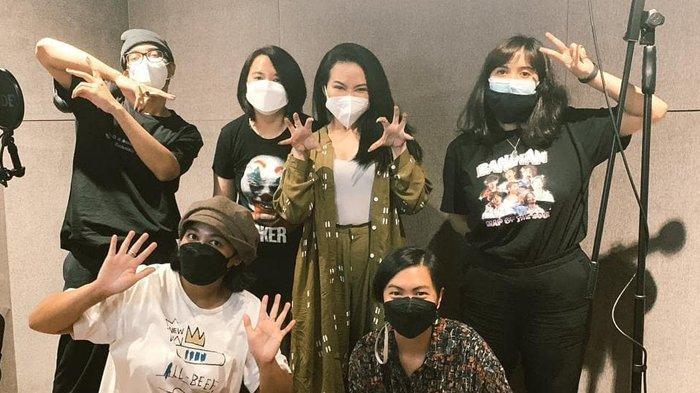 Podcast RAPOT Rilis Genre Ketiga 'Mau Gak Mau Season 2', Kali Ini Ada Dion Wiyoko dan Yura Yunita