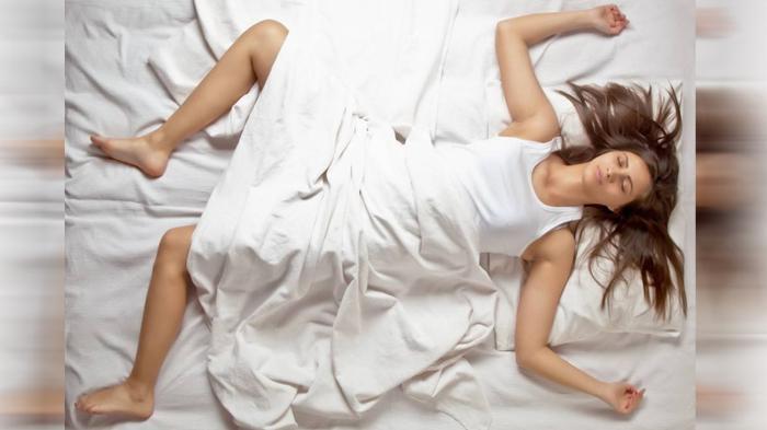 POPULER Ternyata Ini Alasan Mengapa Kita Tersentak atau Seperti Sedang Jatuh Saat Tidur
