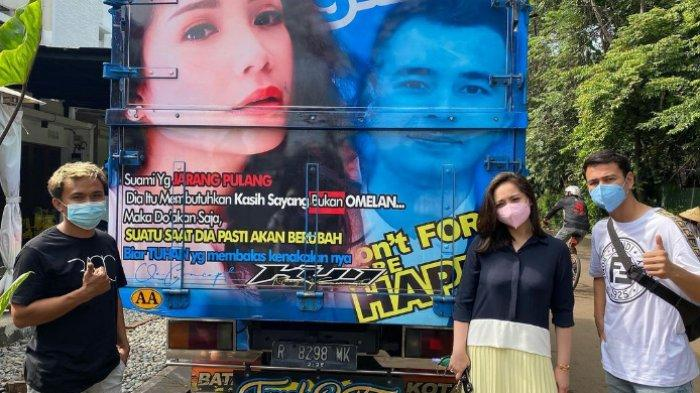Potret Nagita Slavina Terpampang di Badan Truk, Quote Jadi Sorotan: 'Suami yang Jarang Pulang'