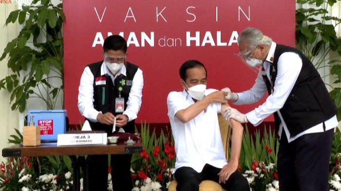 Presiden Joko Widodo saat akan disuntik vaksin Covid-19