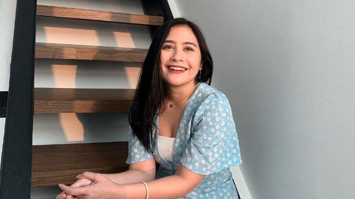 Blak-blakan Punya Pacar Baru, Prilly Latuconsina Ogah Go Public: Demi Menyelamatkan Hubungan Ini