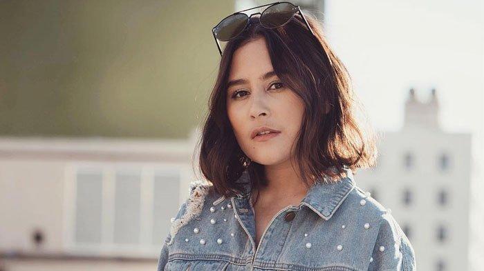 Buku Puisinya Siap di Filmkan, Prilly Latuconsina Kerja Sama Bareng Penulis Kondang Ini