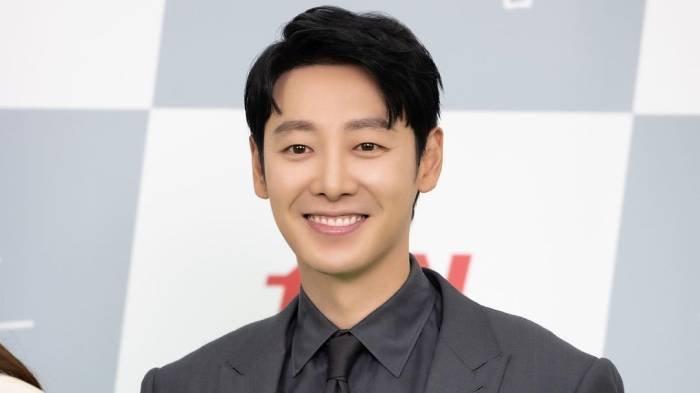 Profil Kim Dong Wook, Biodata Lawan Main Seo Hyun Jin dalam Drama You Are My Spring