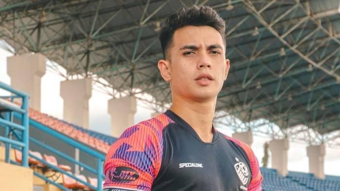 Profil Nadeo Argawinata, Biodata dan Perjalanan Karier Kiper Timnas Indonesia yang Jadi Sorotan