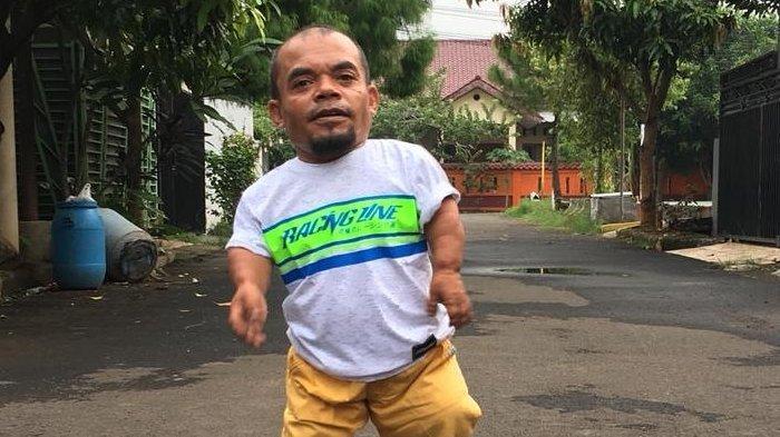 Profil Ucok Baba, Biodata Lengkap dan Perjalanan Karier Pelawak Kondang Bertubuh Mini