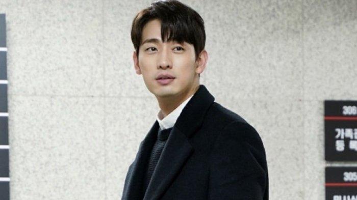 Profil Yoon Park, Biodata dan Perjalanan Karier Bintang Drama You Are My Spring