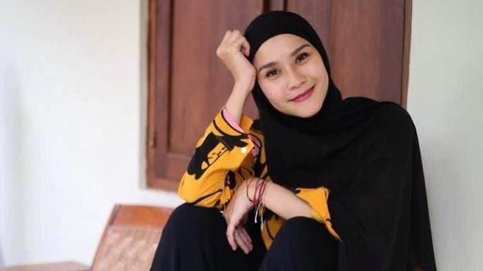 Profil Zaskia Adya Mecca, Perjalanan Karier hingga Rumah Tangganya dengan Hanung Bramantyo
