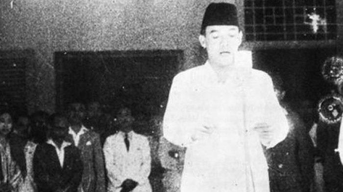 JAWABAN Tak Terduga Presiden Soekarno Tak Puasa Ramadhan saat Baca Proklamasi, Pilu Ngeluh Soal Ini
