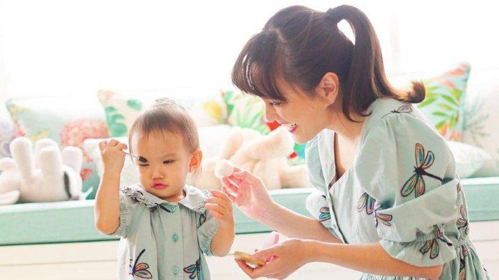 Claire Herbowo Baru Berusia 1,5 Tahun, Shandy Aulia Sudah Ajarkan 2 Bahasa pada Sang Putri