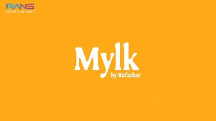 Rafathar punya brand fashion sendiri yang diberi nama Mylk By Rafathar.