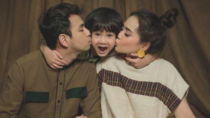 Akui Dulunya Sama-sama Pemalu, Raffi Ahmad & Nagita Slavina Khawatir Hal Itu Terjadi pada Rafathar