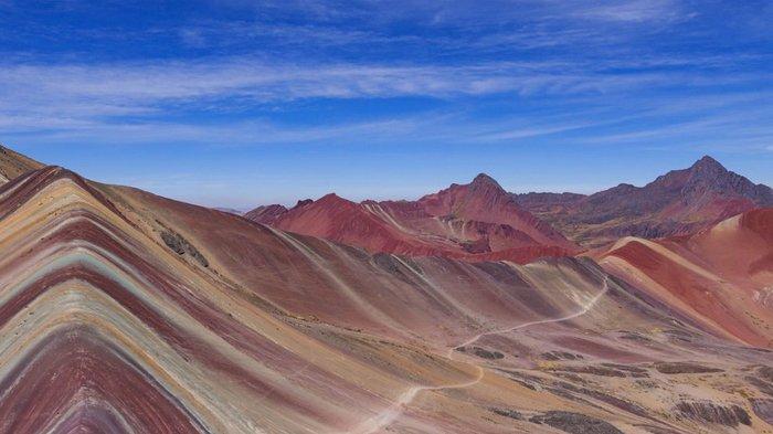Rainbow Mountain di Peru.