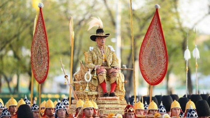 4 Kontroversi Raja Thailand Maha Vajiralongkorn: Raja Terkaya Dunia, Pergi ke Jerman dengan 20 Selir