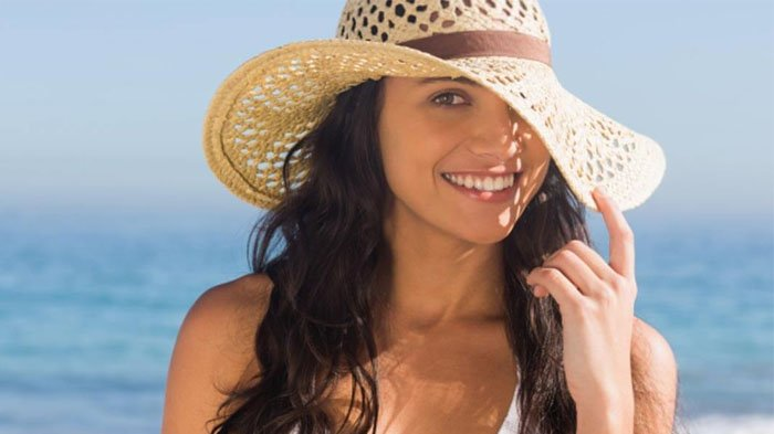Jangan Ragu Gunakan Topi! Ini 5 Fungsi Topi yang Sering Diabaikan