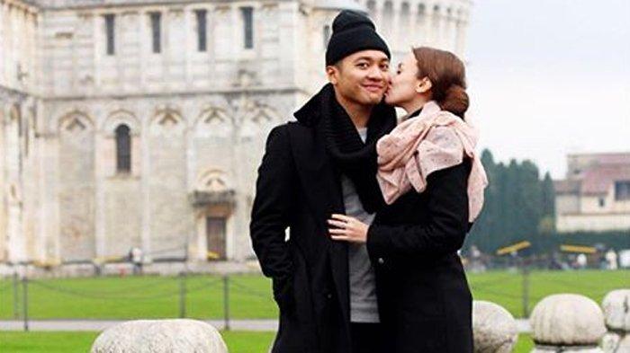 Menikah 7 Tahun Belum Dapat Momongan, Rianti Cartwright Punya Cara Biar Makin Sayang Suami