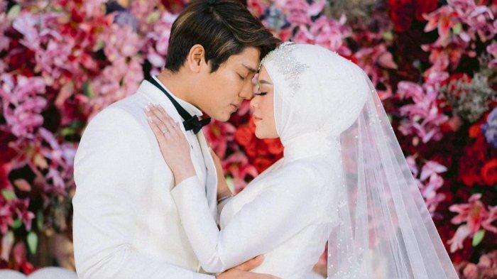 Rizky Billar beber alasan tasyakuran pernikahan sempat diundur