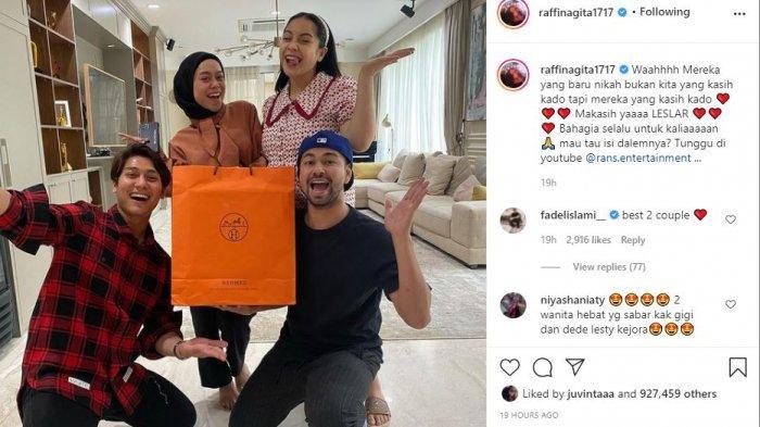 Rizky Billar dan Lesti Kejora berikan hadiah mewah untuk Raffi Ahmad dan Nagita Slavina
