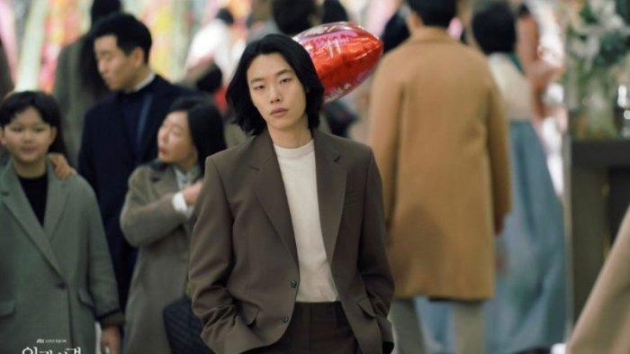 Ryu Jun Yeol sebagai Lee Kang Jae di drama Korea Lost