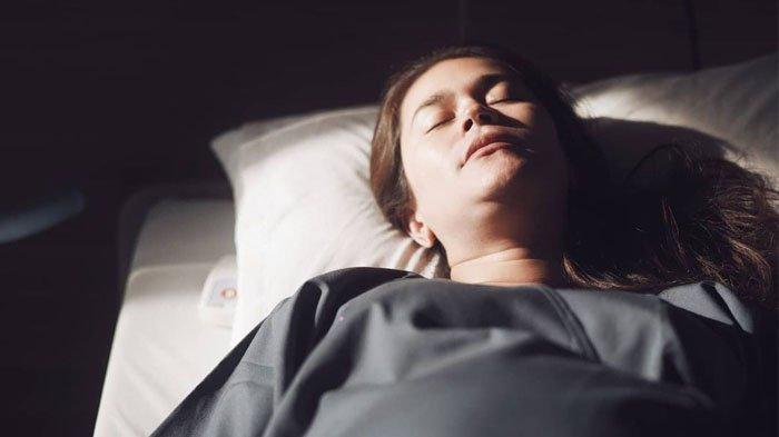 Sabai Morscheck saat berbaring di tempat tidur rumah sakit