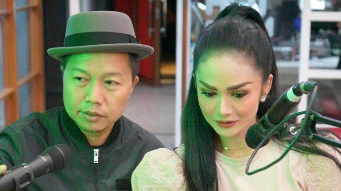 Krisdayanti dan Sandhy Sondoro Duet, Rilis Lagu Daur Ulang dari Melly Goeslaw, 'Hanya Memuji'