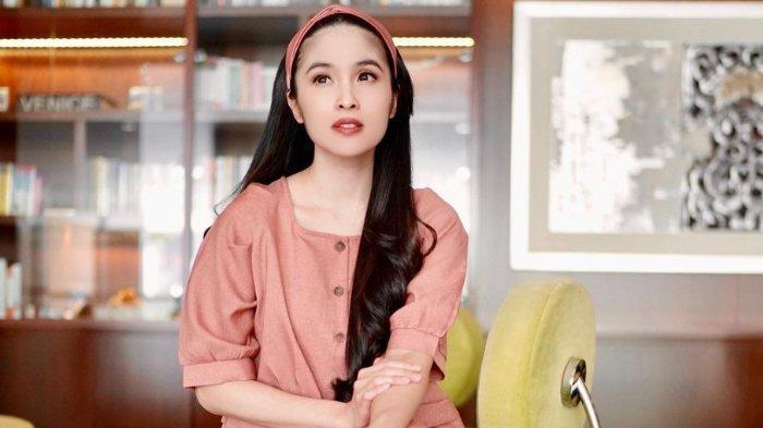 Disebut Tak Pamer Kecantikan & Harta, Sandra Dewi Jawab Bijak: Malah Kita Mempemalukan Diri Sendiri