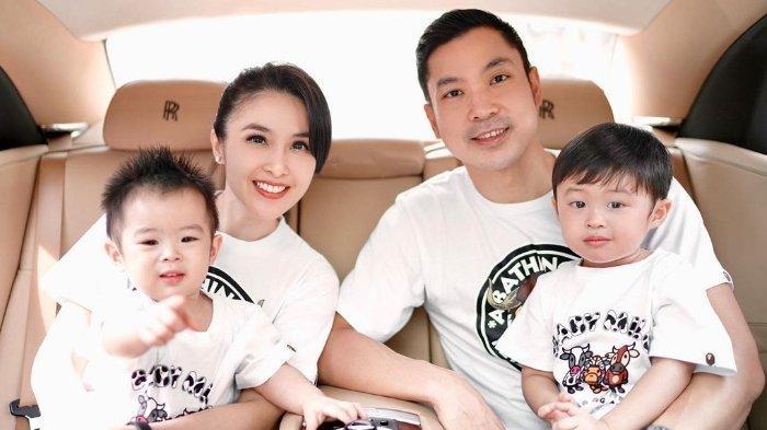 POPULER Batal Ingin Cari Mantu Standar Tinggi, Sandra Dewi Teringat Momen Berharga Bareng Anak Kedua