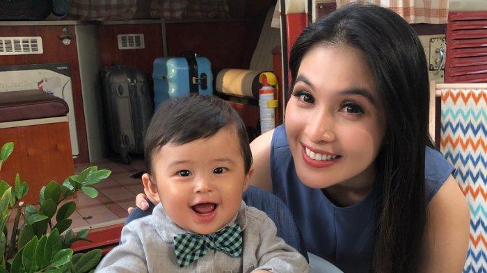 Punya Playroom Mewah, Anak Sandra Dewi Lebih Tertarik Tempat Sederhana Ini Untuk Bermain