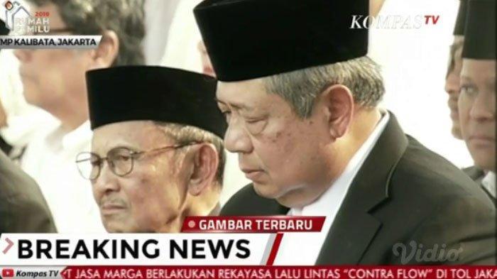 Ketabahan SBY di pemakaman Ani Yudhoyono