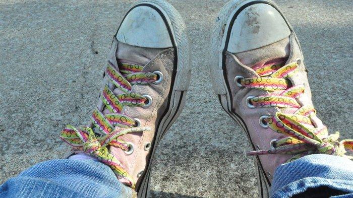 5 Tanda Ini Menunjukkan Kamu Harus Segera Ganti Sepatu