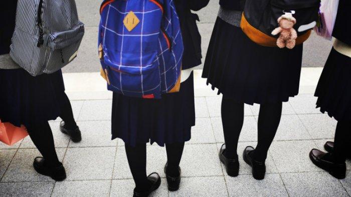 ATURAN ANEH Sekolah di Jepang, Pelajar SMP Wajib Pakai Pakaian Dalam Warna Putih, Guru Siap Mengecek