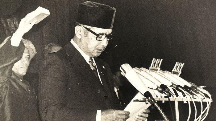 Kilas Balik Perjalanan Soeharto Memegang Tampuk Kekuasaan Orde Baru, Lengser Setelah 32 Tahun