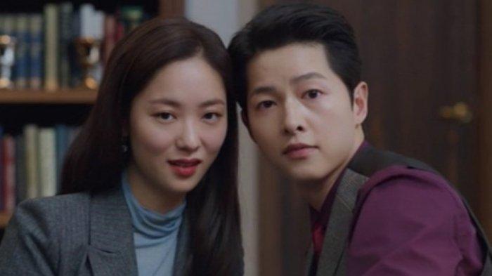Song Joong Ki dan Jeon Yeo Bin dalam drama Korea Vincenzo
