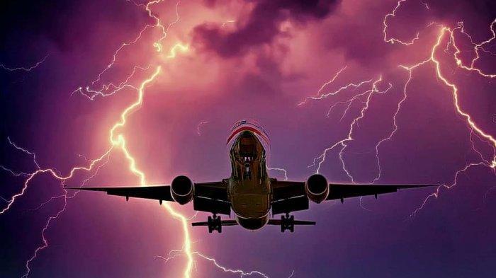 MISTERI Instruksi ATC Belok Kanan, Sriwijaya Air Belok ke Barat Daya, Hilang Kontak & Menukik Jatuh