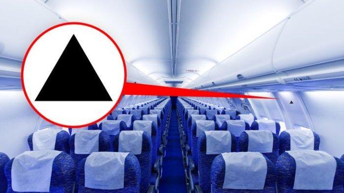 Stiker Segitiga di Badan Pesawat