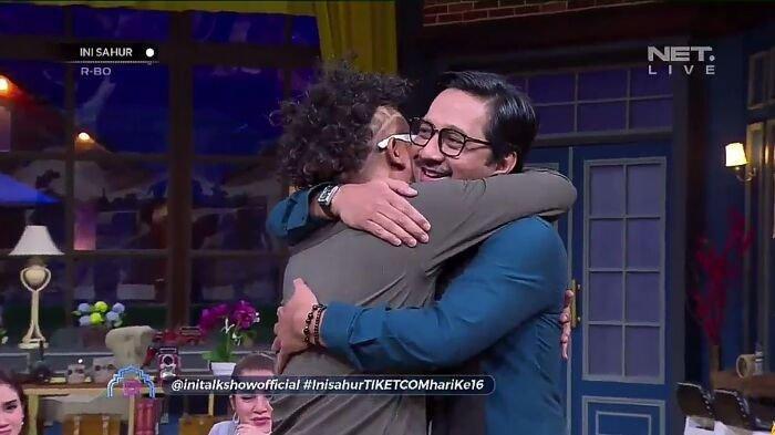 Sule memeluk Andre Taulany di acara Ini Sahur 21 Mei 2019