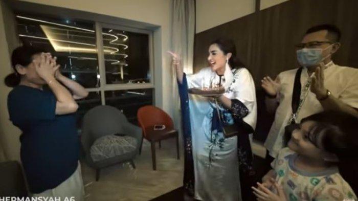 Suteng Terharu Dapat Kejutan Ulang Tahun Saat di Dubai, Pengasuh Arsy Beberkan Kebaikan Ashanty