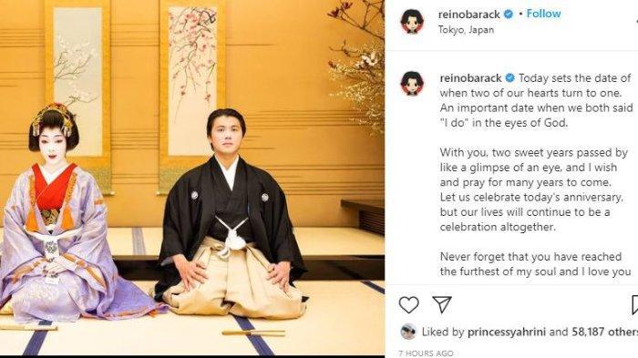 Syahrini dan Reino Barack kenakan baju tradisional Jepang.