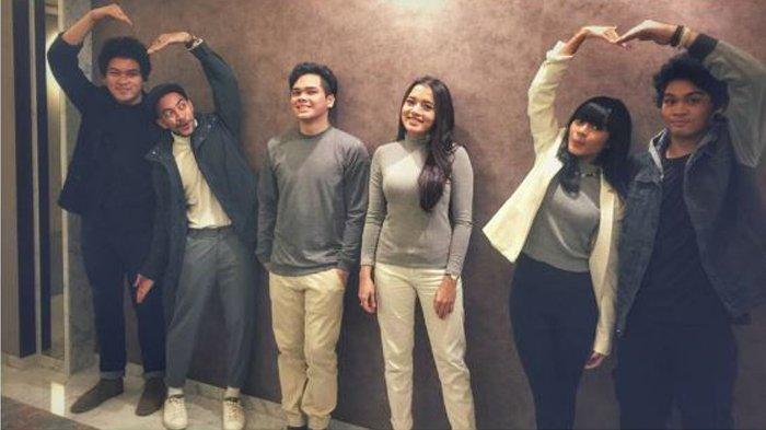 Lirik Lagu The Overtunes X GAC - Senyuman dan Harapan Jadi Single Andalan Film Cek Toko Sebelah