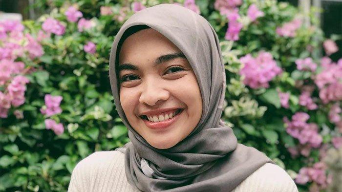 Profil Tika Bravani Pemeran Denok Tukang Ojek Pengkolan, Karier hingga Asmara dengan Dimas Aditya