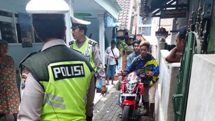 Walah, Berniat Kabur dari Tilangan Polisi, Dua Pemuda Ini Malah Ketiban Sial!