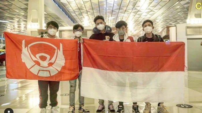 Liquid, Luxxy, Microboy, Zuxxy dan Ryzen siap bertarung dalam kejuaraan PUBG Mobile untuk membawa nama Indonesia.