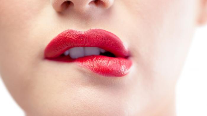 Penyebab Bibir Hitam - Hindari 5 Hal Ini, Agar Selalu Terlihat Menggairahkan