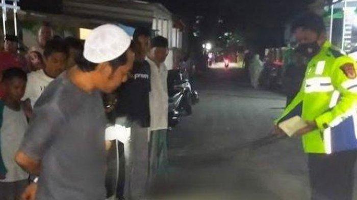 POPULER Histeris Sang Ibu, Bopong Jenazah Anaknya yang Tertabrak Truk: Kenapa Tidak Ada yang Tolong?