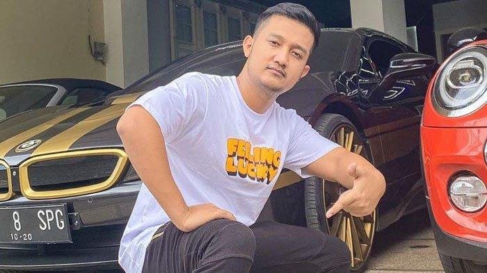 Tom Liwafa Crazy Rich Surabaya