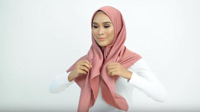Ada Cara Mudah Bagi Pemula Saat Gunakan Hijab Segitiga Bisa Dikatakan Ini Sangat Ampuh Dan Modis Tribunstyle Com
